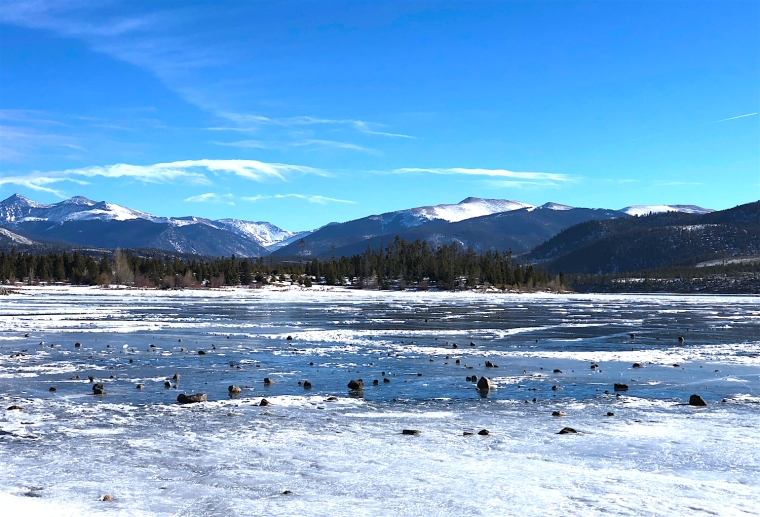 lake_dillon_colorado_winter