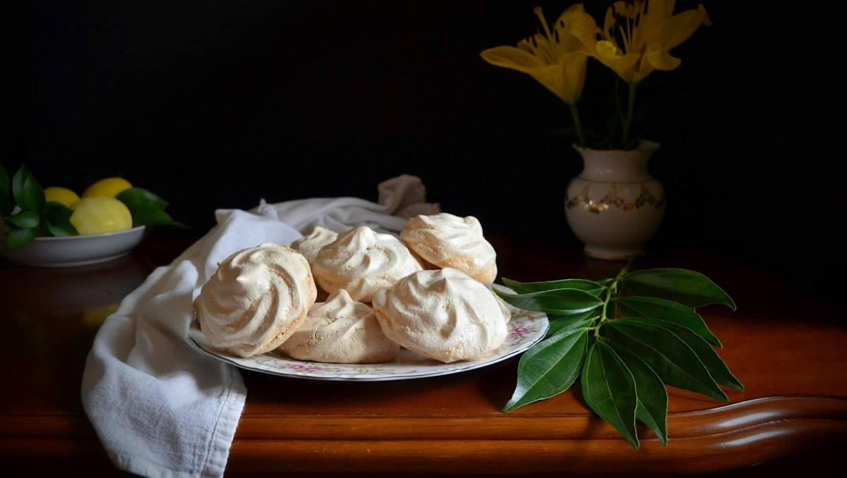 Lemon Meringues with Grand Marnier