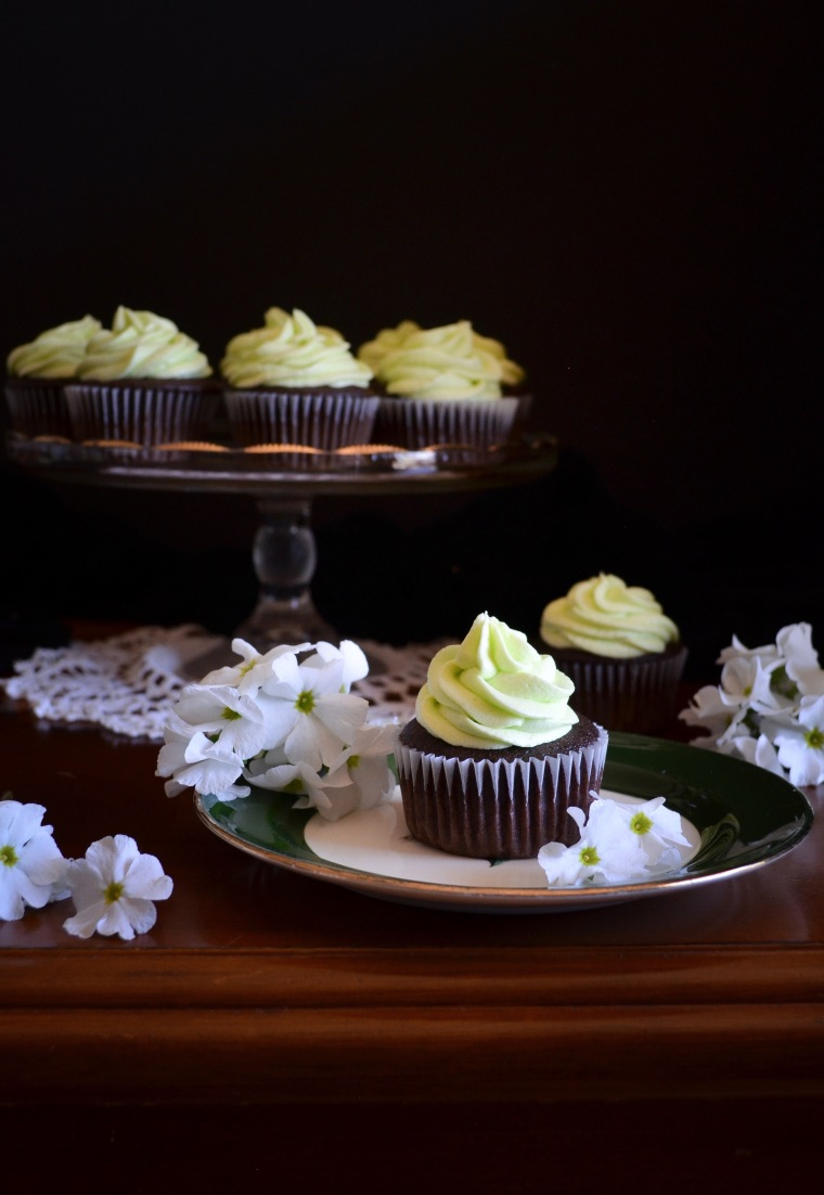 Chocolate cupcakes mint icing