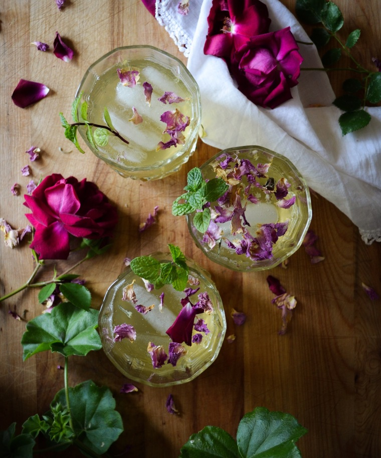 Green Tea and Rose Spritzer