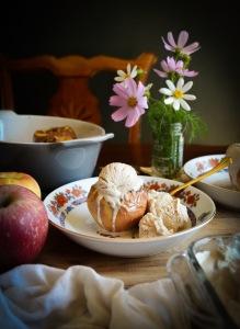 Easy Autumn Recipe for Baked Apples