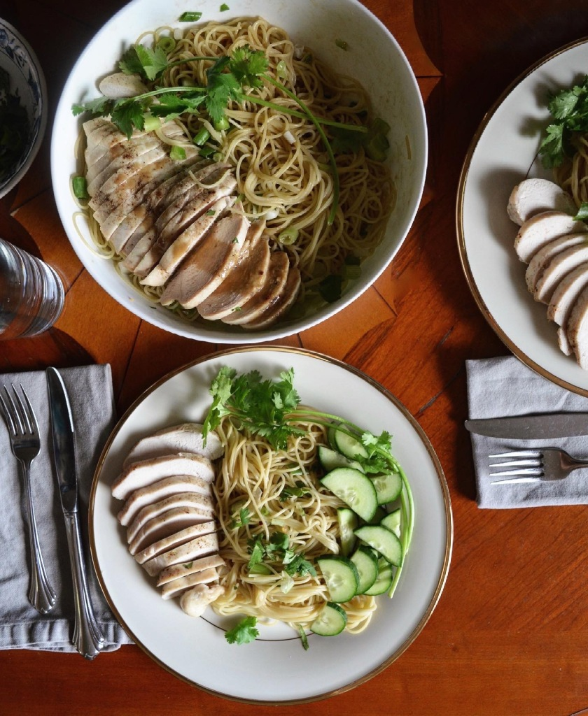 How to make thai noodles with chicken and cucumbers